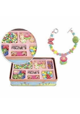 Wooden beads in metal box - Garden